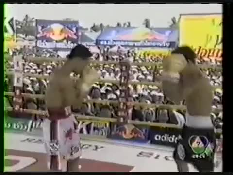 Watch Pacquiao vs Singsurat GIF by @walleggy on Gfycat. Discover more boxing, nonewsmma GIFs on Gfycat