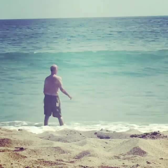 holdmybeer, HMB while I fight the sea GIFs