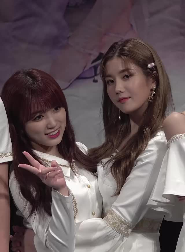 Watch 190421 IZONE Eunbi x Nako - Fansign (1) GIF by My Gif Factory (@forever9diadem) on Gfycat. Discover more eunbi, izone, nako GIFs on Gfycat