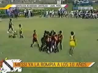 footbaww, soccer, Little Messi (age 10, #10) runs over to console crying opponent after tournament final (Messi's team won). (reddit) GIFs