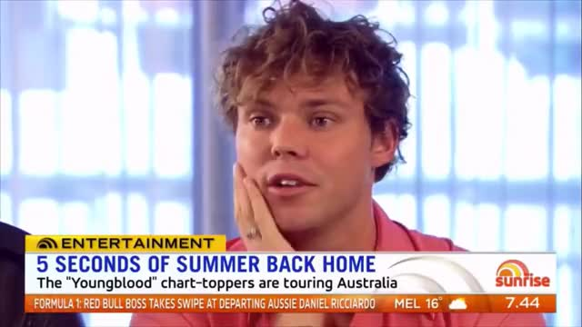 Watch this trending GIF on Gfycat. Discover more 5secondsofsummer, 5sos, aus, australia, interview, meetyouthere, meetyoutheretour, sunrise, sydney, youngblood GIFs on Gfycat