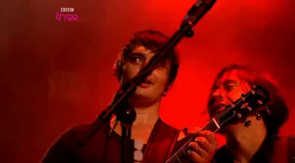 Watch comehere GIF on Gfycat. Discover more carl barat, pete doherty, the libertines GIFs on Gfycat