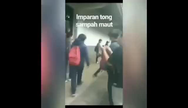Watch and share Heboh Video Viral Mahasiswa Berkebutuhan Khusus Atau Autis Di Bully Di Universitas Gunadarma GIFs on Gfycat