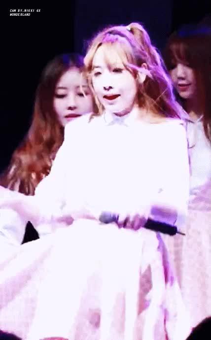 Watch and share 유지애 샤샤샤 GIFs by jenniferlawrence891 on Gfycat