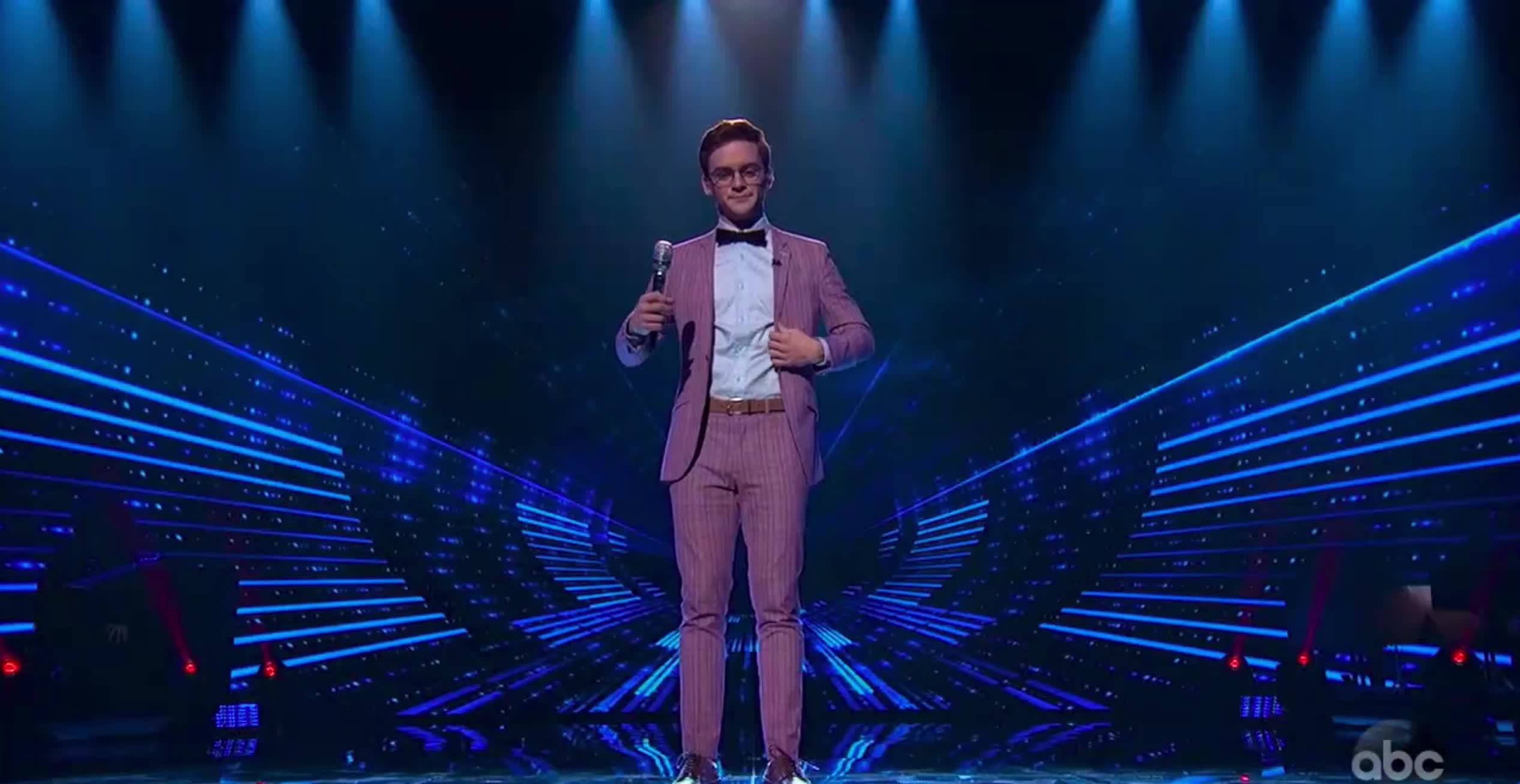 american idol, american idol season 17, americanidol, fashion, katy perry, lionel richie, luke bryan, ryan seacrest, season 17, walker burroughs, American Idol Walker Showing His Style GIFs