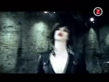 Watch and share Brody Dalle GIFs on Gfycat