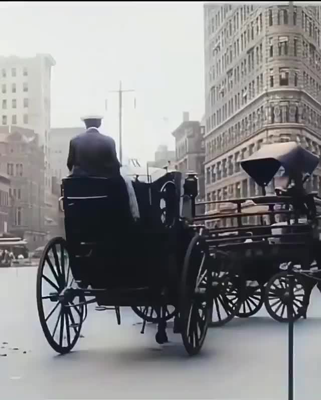 Watch and share New York City In 1911 GIFs on Gfycat