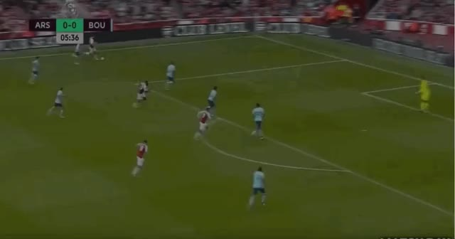 Watch and share 06 Welbeck GIFs by arsenal_goals on Gfycat