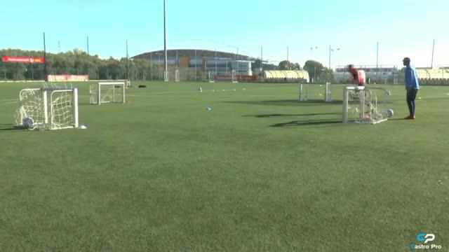 Watch and share Rafael De La Sousa GIFs and Training Football GIFs by P.Gifs on Gfycat