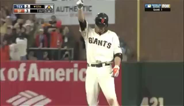 Giants, Homer, Juan Uribe, giants, homer, juan uribe, rangers, san francisco giants, texas rangers, Juan Uribe GIFs