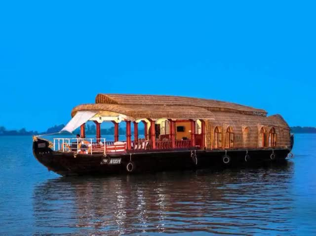 Watch Houseboats in Alleppey,Kerala designs GIF by Praveen (@toursinindia) on Gfycat. Discover more alleppey houseboat, alleppey houseboats, boat house alleppey, houseboat alleppey, houseboats alleppey, houseboats in alleppey GIFs on Gfycat