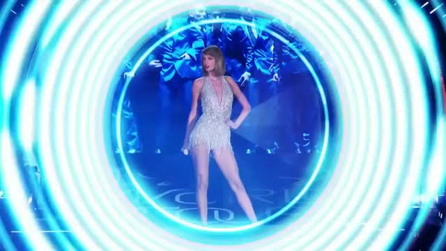 Watch and share Taylor Swift GIFs by wow321 on Gfycat