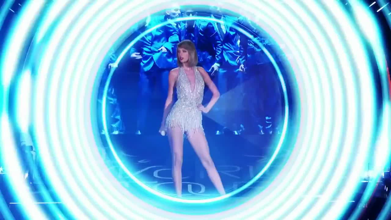 Taylor Swift, TaylorSwiftsLegs, taylorswiftslegs, Taylor Swift is Gorgeous GIFs
