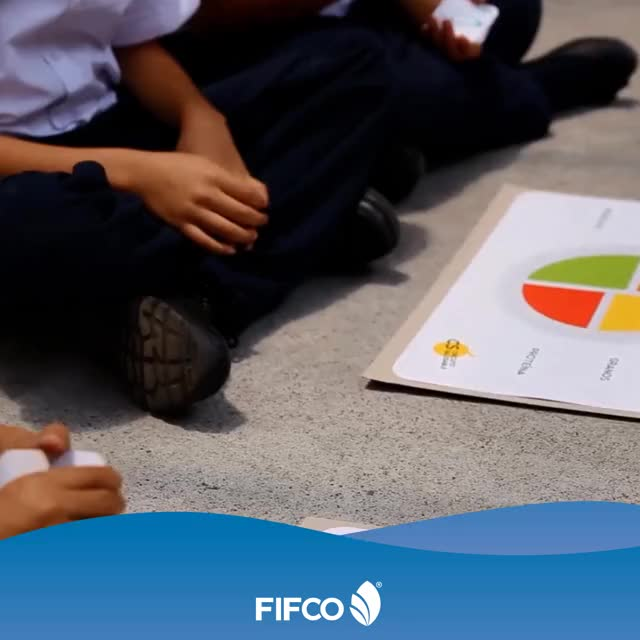 Watch and share Niño Feliz Fifco GIFs on Gfycat