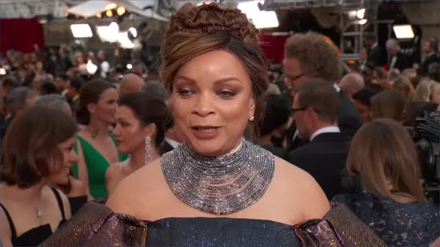Watch and share Oscars 2019 GIFs on Gfycat