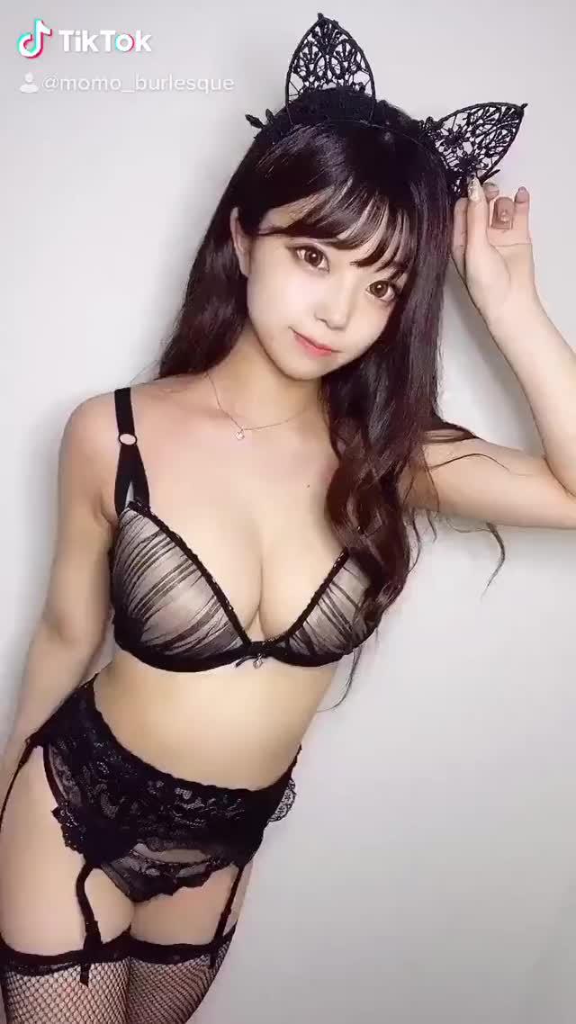 커여운 속옷녀