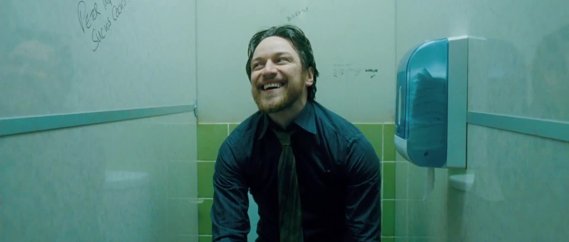 в каком фильме реально месяца в туалете зря