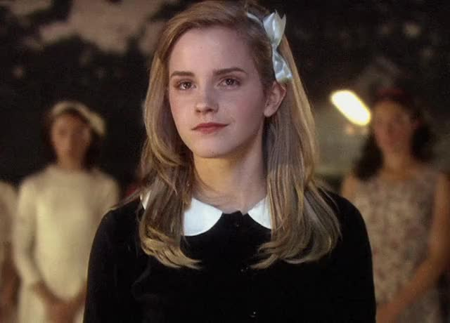Watch this GIF by @robvargas on Gfycat. Discover more EmmaWatson GIFs on Gfycat