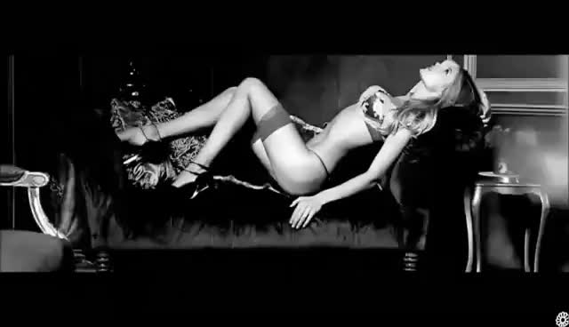 Watch this doutzen kroes GIF on Gfycat. Discover more doutzen kroes, fashion, model GIFs on Gfycat