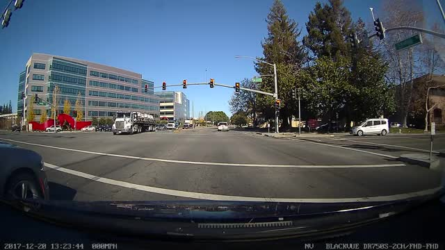Watch Close call GIF by @mencos on Gfycat. Discover more cam, dash, dashcam GIFs on Gfycat