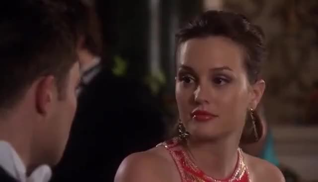 Watch Chuck and Blair GIF on Gfycat. Discover more Blair, Chuck, Season five GIFs on Gfycat