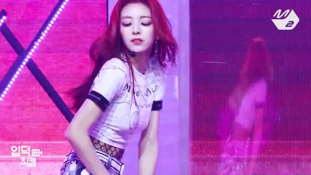 Watch and share Yuna Attractive GIFs by stazzlyz on Gfycat