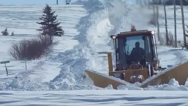 Watch How to plow very deep snow GIF by @bluenose on Gfycat. Discover more BeAmazed, beamazed GIFs on Gfycat