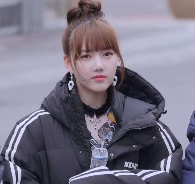 Watch and share Yerin GIFs and 여자친구 GIFs by koreaactor on Gfycat