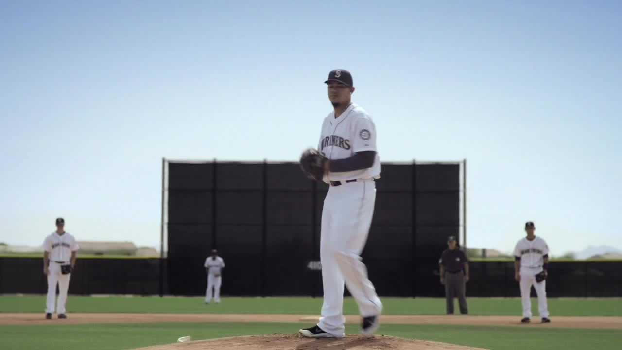 major league baseball, marinersgifs, seattle mariners, 2014 Mariners Commercial: Crowned GIFs