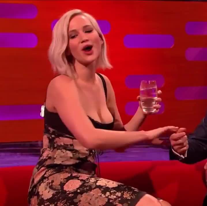 JenniferLawrence, TalkShowGirls, gentlemanbonersgifs, Jennifer Lawrence (reddit) GIFs