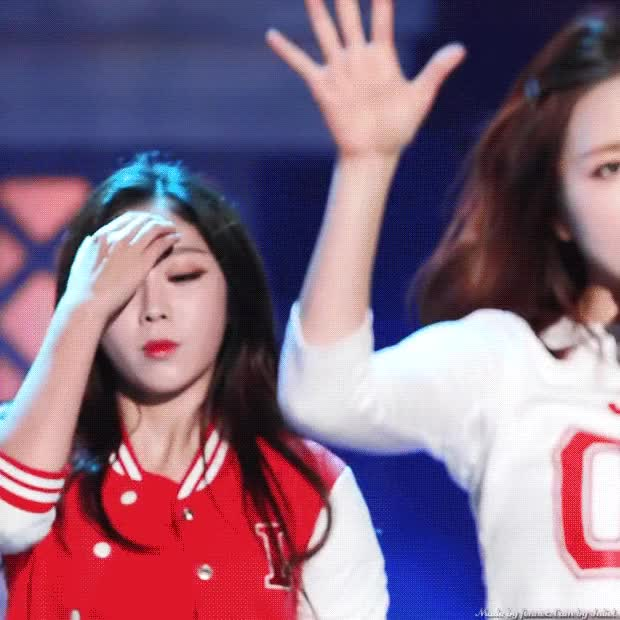 Watch and share Lovelyz GIFs and Jisoo GIFs by 러블리즈 on Gfycat