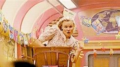 ah sung ko, alison pill, chris evans, ewen bremner, fav films, jamie bell, kang ho song, luke pasqualino, marcanthonee reis, mygifs, octavia spencer, snowpiercer, tilda swinton, aves raras GIFs