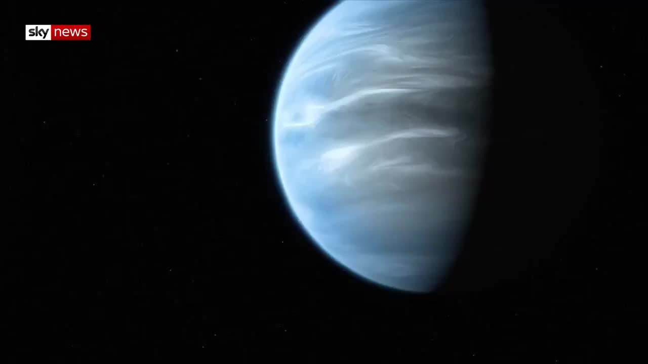 astronomy, plant, Water vapour has been discovered on an enormous Earth-like planet already known to have habitable temperatures . GIFs