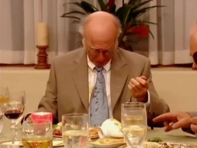 kcroyals, larry, survivor, Curb Your Enthusiasm - I don't understand, why don't you get a sponge? GIFs