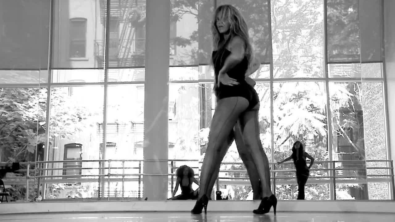 BeyoncePics, gifrequests, Beyonce's Sexy Ass (reddit) GIFs