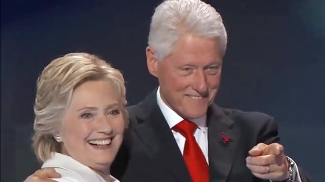 Watch and share Hillary Clinton GIFs and Bill Clinton GIFs by perlence on Gfycat