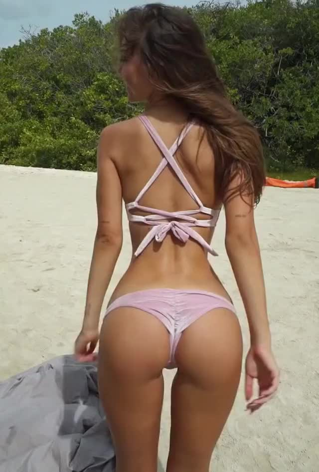 Watch and share Alexis Ren GIFs by HottiesOnly r/asiancelebsfap on Gfycat