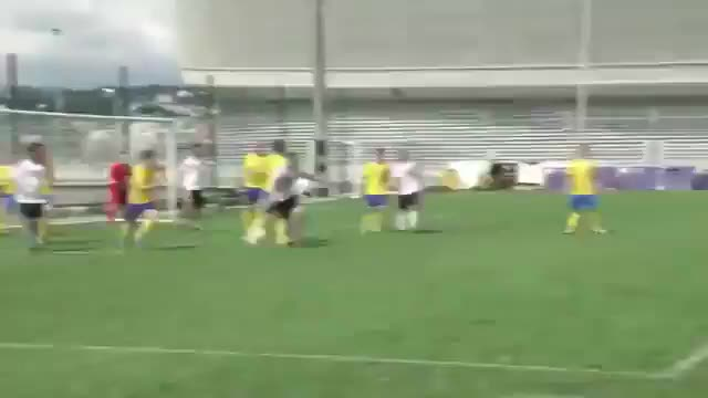 Watch and share Football GIFs and Skill GIFs by Телевизор 3.0 on Gfycat