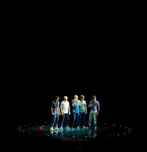Watch this GIF on Gfycat. Discover more gif, one band, one direction, one dream GIFs on Gfycat