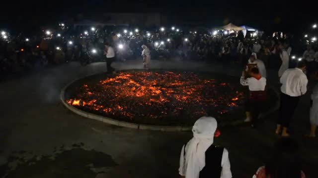 Watch Нестинарски танци в село Българи 2017 GIF on Gfycat. Discover more firewalking, nestinari, nestinarstvo, strandja GIFs on Gfycat