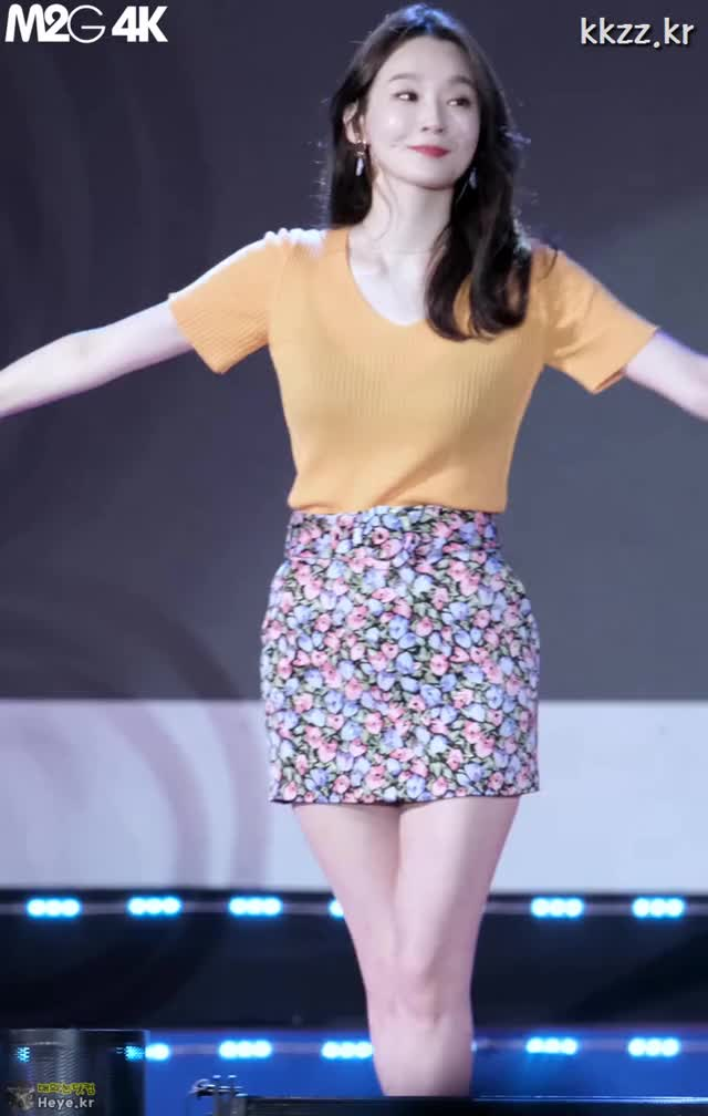 Watch and share Min Kyung Kang GIFs and Davichi GIFs by 매의눈닷컴(▶heye.kr) on Gfycat