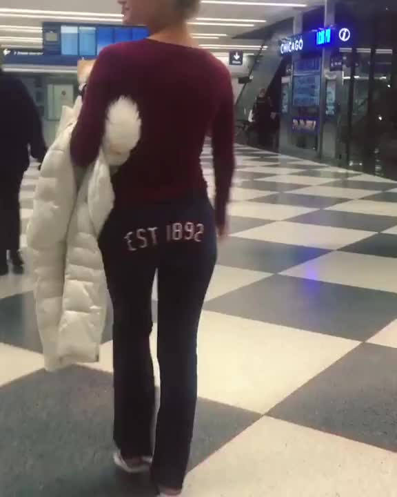 Watch and share Jiggle At The Airport GIFs by tazzzer on Gfycat
