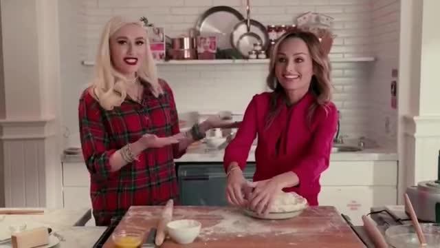 Facebook, Gwen Stefani LIVE with Giada De Laurentiis GIFs