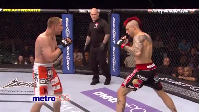 Watch mma GIF by @uisce16 on Gfycat. Discover more MMA, popular GIFs on Gfycat