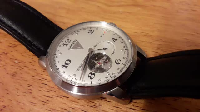 Watch and share Watches GIFs on Gfycat
