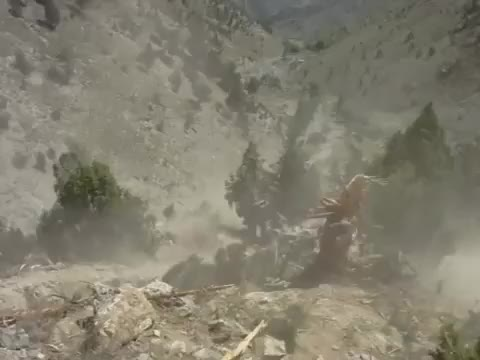 Watch Chinook recovers downed Apache in Afghanistan  GIF by @wholeein on Gfycat. Discover more militarygfys GIFs on Gfycat