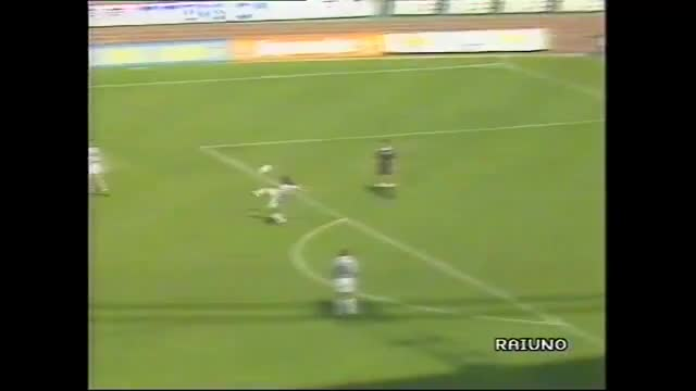 Watch and share Juventus - Sampdoria (1-1) 23.5.1993 (versione 1) GIFs on Gfycat