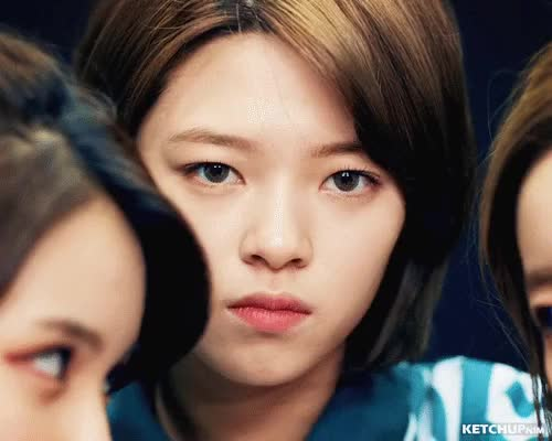 Watch and share Jeongyeon GIFs and Twice GIFs by ketchupnim 케첩님 on Gfycat