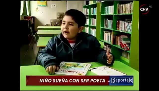 Watch and share Niño Quiere Ser Poeta - CHV GIFs on Gfycat