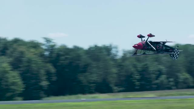 Watch and share Aviation GIFs and Insane GIFs by Two_Inches_Of_Fun on Gfycat